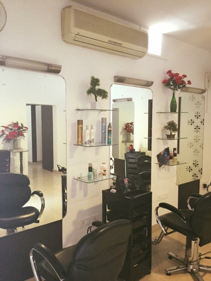 A Women's Beauty Salon for Sale in Bangalore